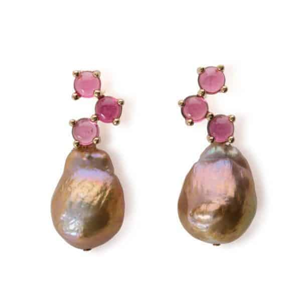 Maviada's Cavallo drop earrings in 18ct Yellow Gold with Freshwater Beige Baroque Pearl and 3x4mm Pink Tourmaline round cabochon stones